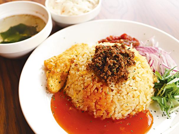 Cafe réve(レーヴ)「タコライス(サラダ・スープ付き)」【中央区大名】