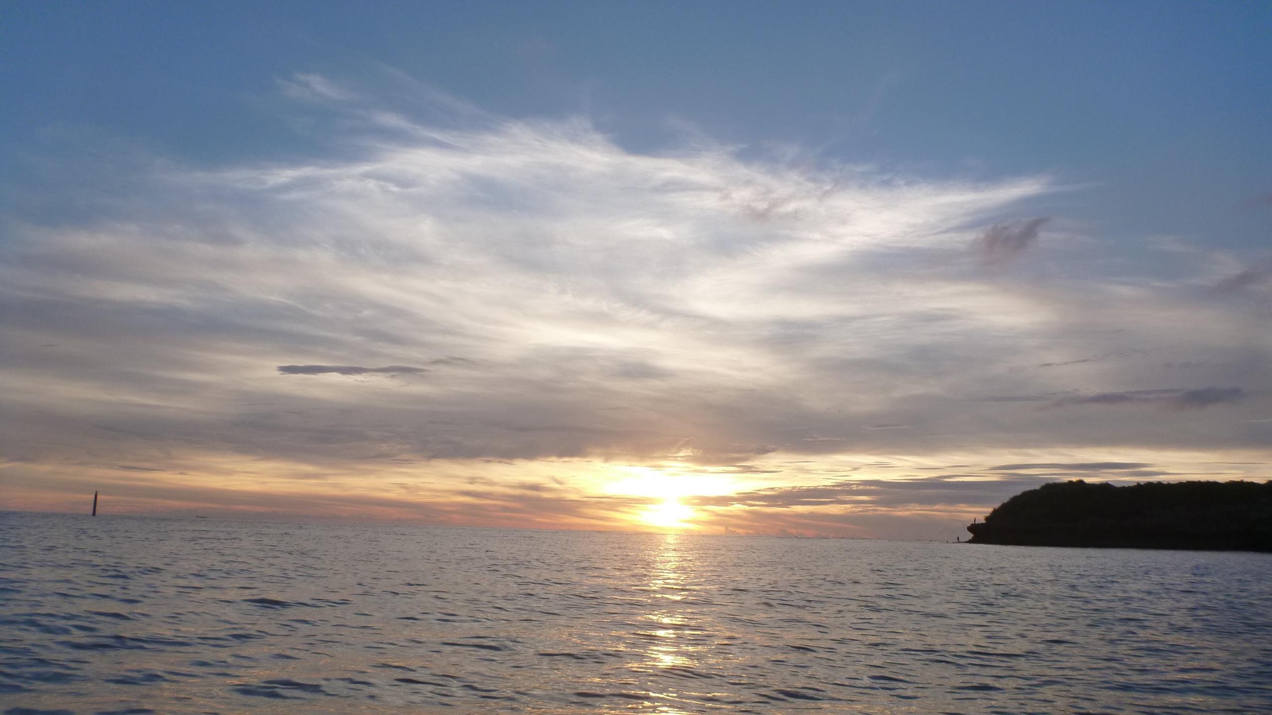 【沖縄旅行①】サンセットカヤックで忘れられない思い出☆海の上で絶景を