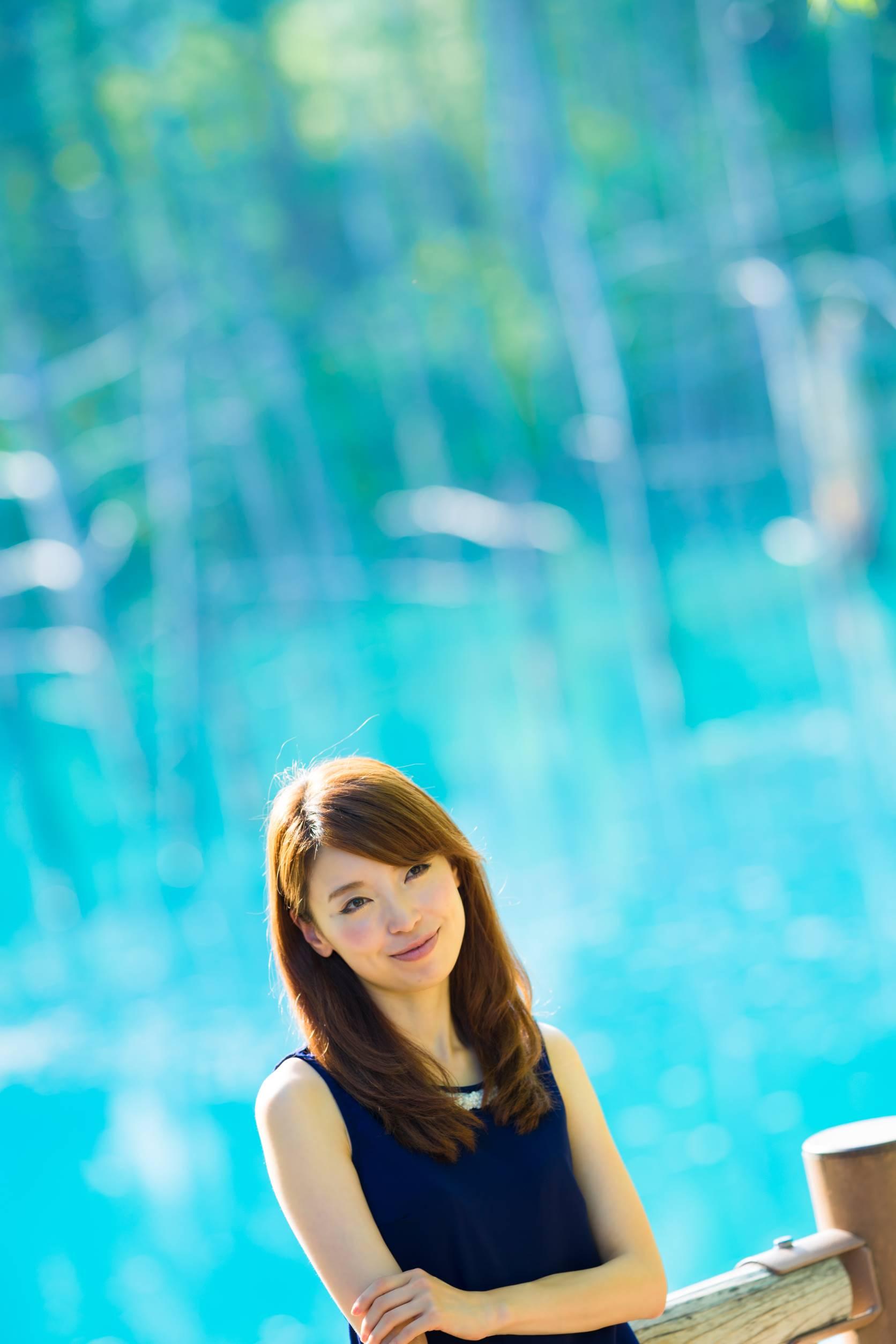 人生で一度は見たい!奇跡の「青い池」
