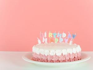 2017年版働く女性の誕生日の過ごし方★ 欲しいものはモノより愛!?
