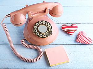 あなたは自宅で固定電話を使ってる? 使っていない?