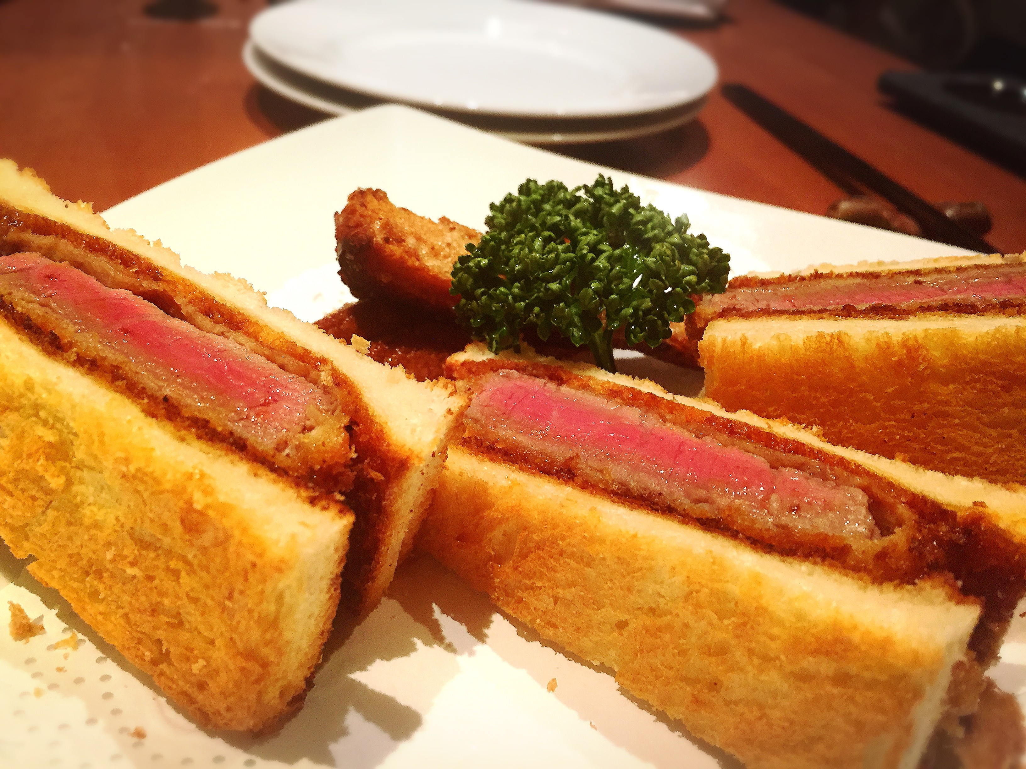 【ディナー】シェフのフィンガースナップが気になる洋食店