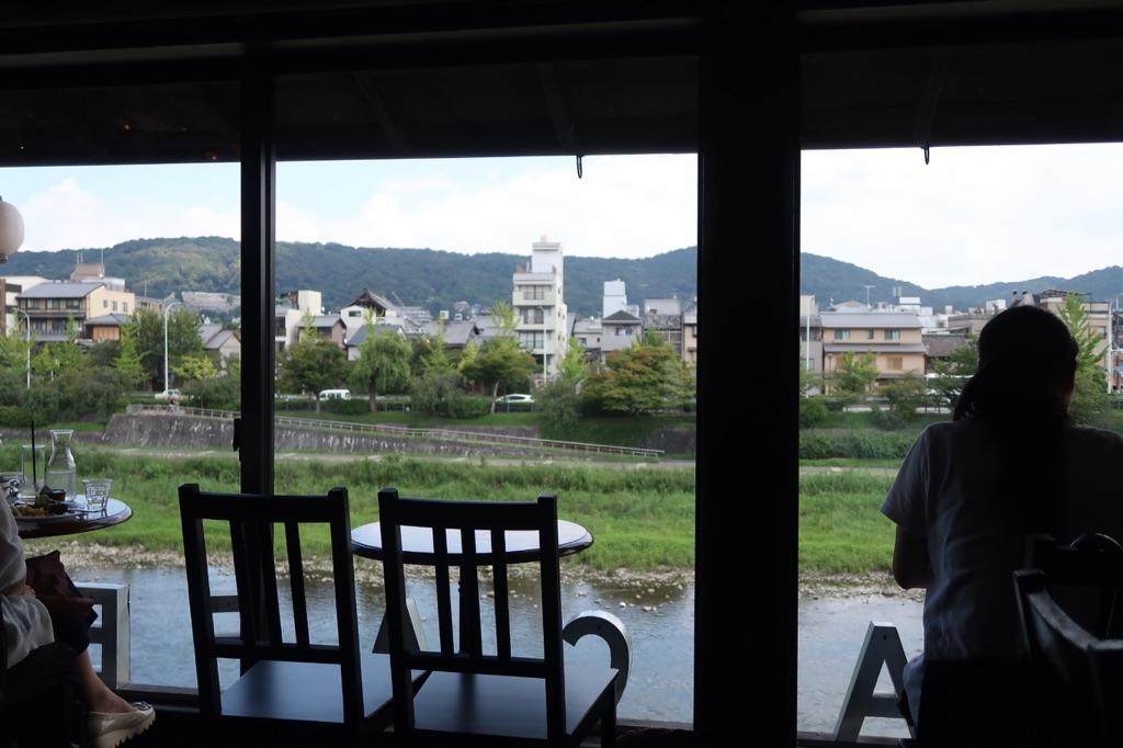 【鴨川の見晴らし最高】☆京都河原町☆Kawa Cafe