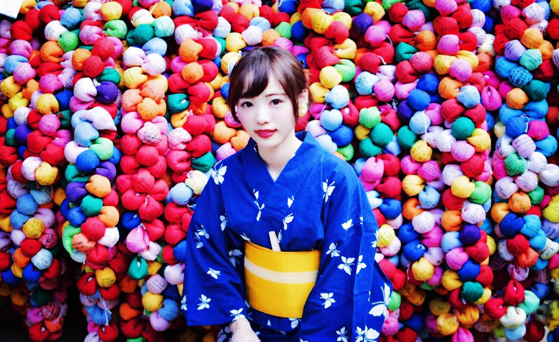 願いが叶う!京都フォトジェニックで話題の八坂庚申堂カラフルに包まれる