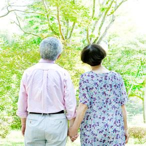 介護サービスの種類も要確認。2018年8月に3割負担実施、影響は?