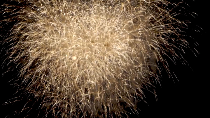 2017年は40周年!映像で振り返る圧巻の「隅田川花火大会」