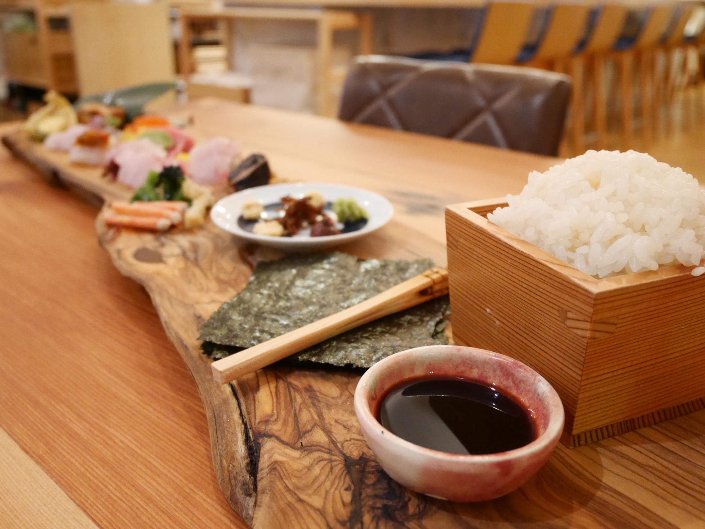 自分で巻くから楽しい♪江戸前手巻き寿司 O・MO・TE・MA・KI