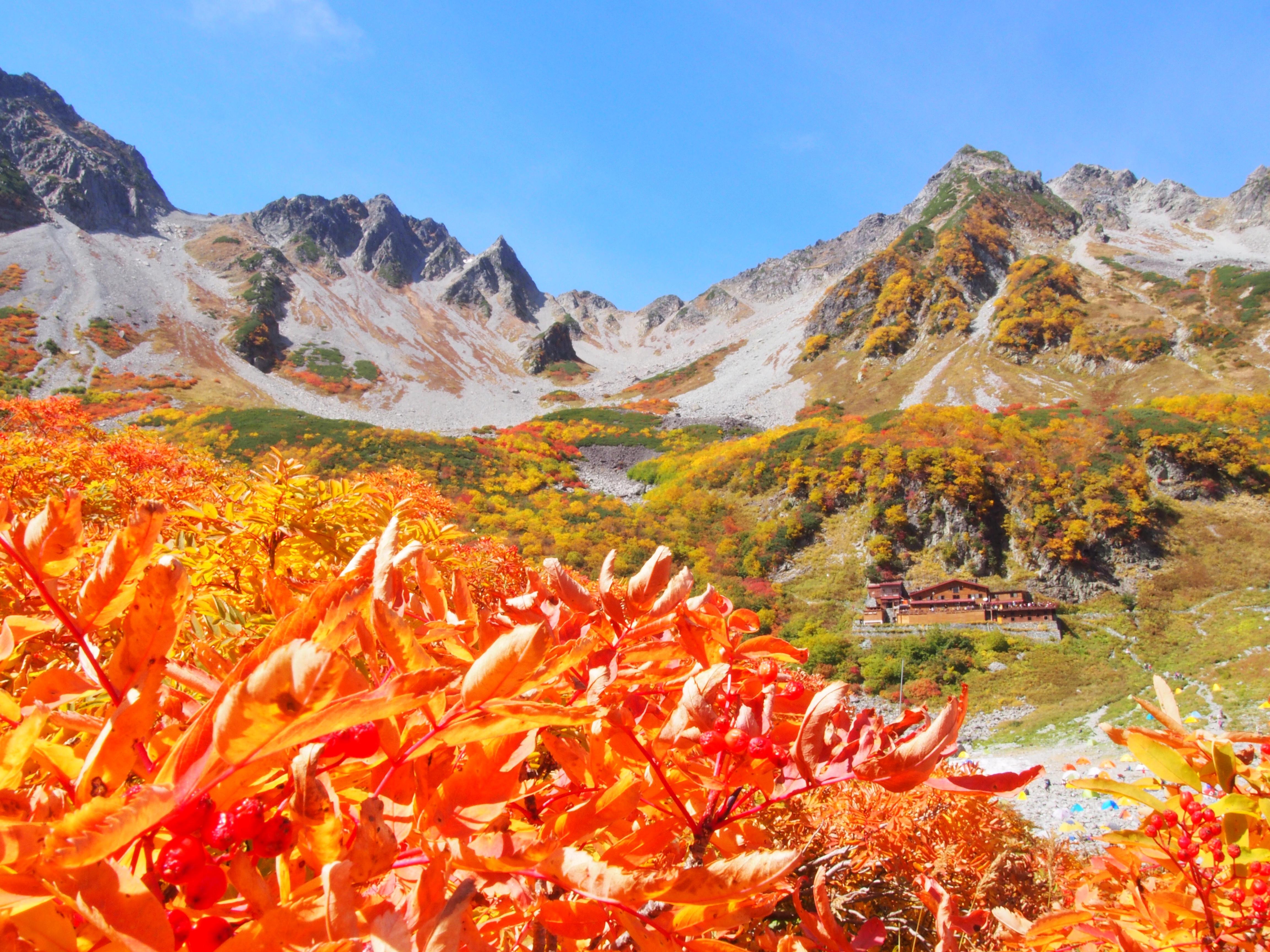 秋の絶景登山「涸沢カール」と憧れの山「奥穂高岳」①-アクセス編-