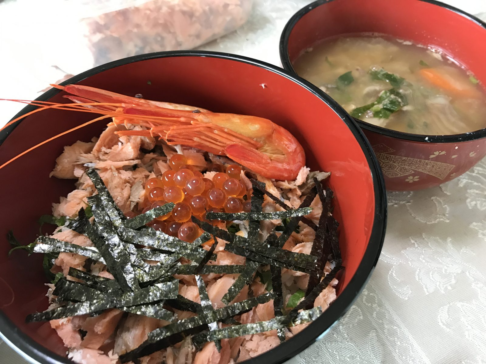 【北海道道東の旅】4日目はお家で楽しむ海鮮のっけ丼。