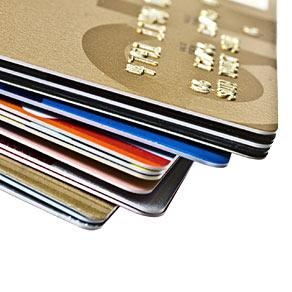 どれがおすすめ?クレジットカードはプリペイド式で安心安全に決済を!
