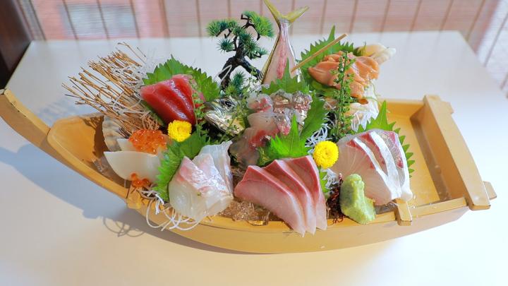 鮮度抜群の魚介料理&時間無制限飲み放題!銀座で大満足♪