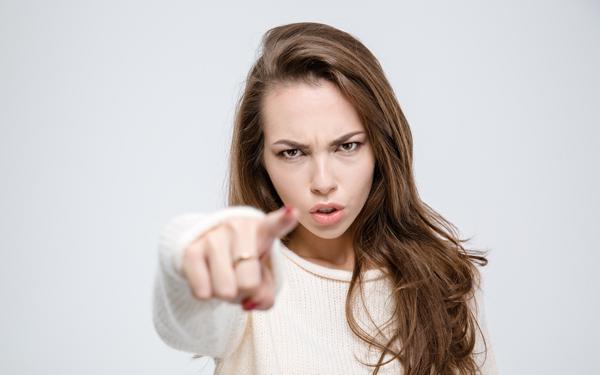 夫が本能的に逃げたくなる妻のパターン7つ【シリーズ・モンスターワイフ 第4回】