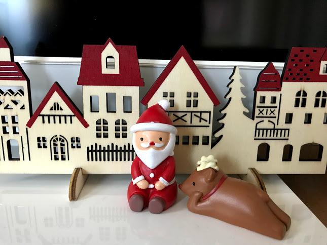 100円グッズでクリスマス装飾!