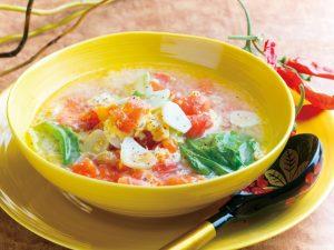 ニンニクのトマトスープ 味噌鍋焼きうどん