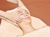 冬の肌磨き「毛穴洗浄&小顔ケア」60分4320円でスッキリフェイスライン