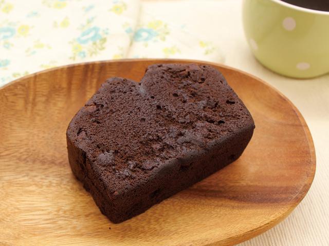 ファミリーマートの「厚切りチョコケーキ」