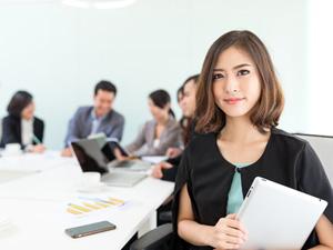 女性に活躍されたくない男性の中で仕事を任されたときの、デスク周り風水術
