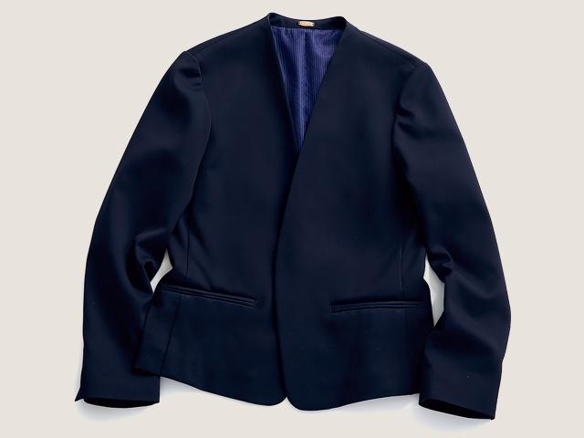 「ROPE」のノーカラージャケットはマルチに使えるスグレモノ!