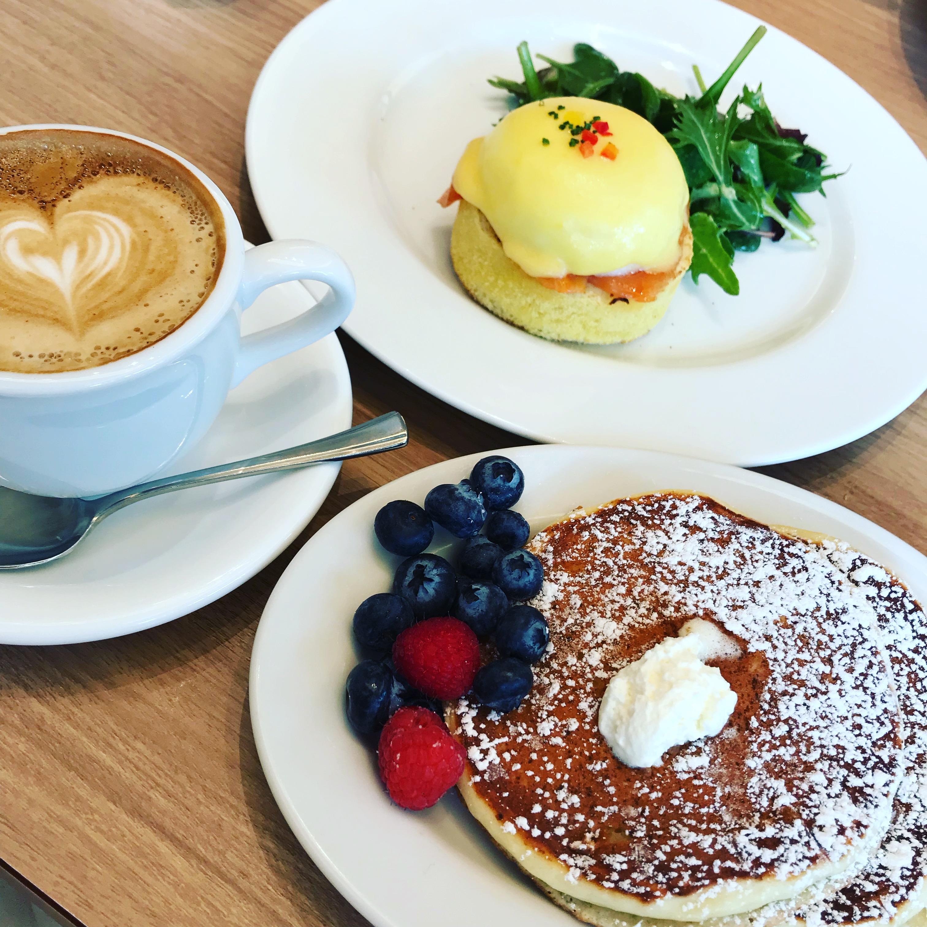朝食の女王サラベスでモーニング♡