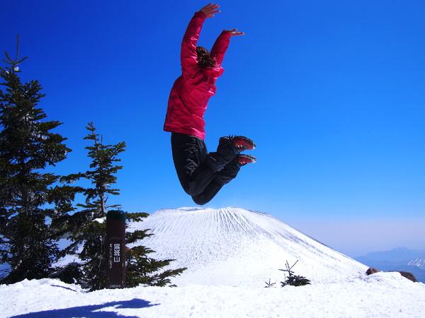 フォンダンショコラのような浅間山が圧巻!『黒斑山』雪山登山♪