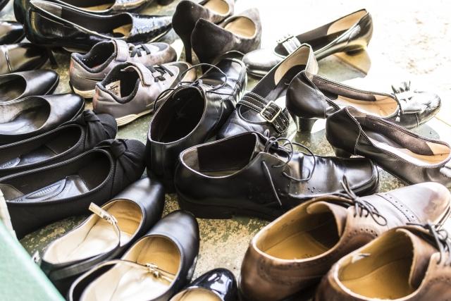 【不要な靴買い取ります】の電話
