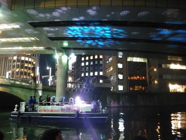 いつもの景色が一変!? 東京の河川で水辺イリュージョンを目撃せよ