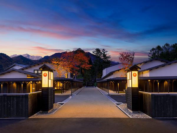 大自然のパワーに身も心も包まれる春旅へ 「星野リゾート 界 アルプス」で、信州の贅沢な田舎を体感!