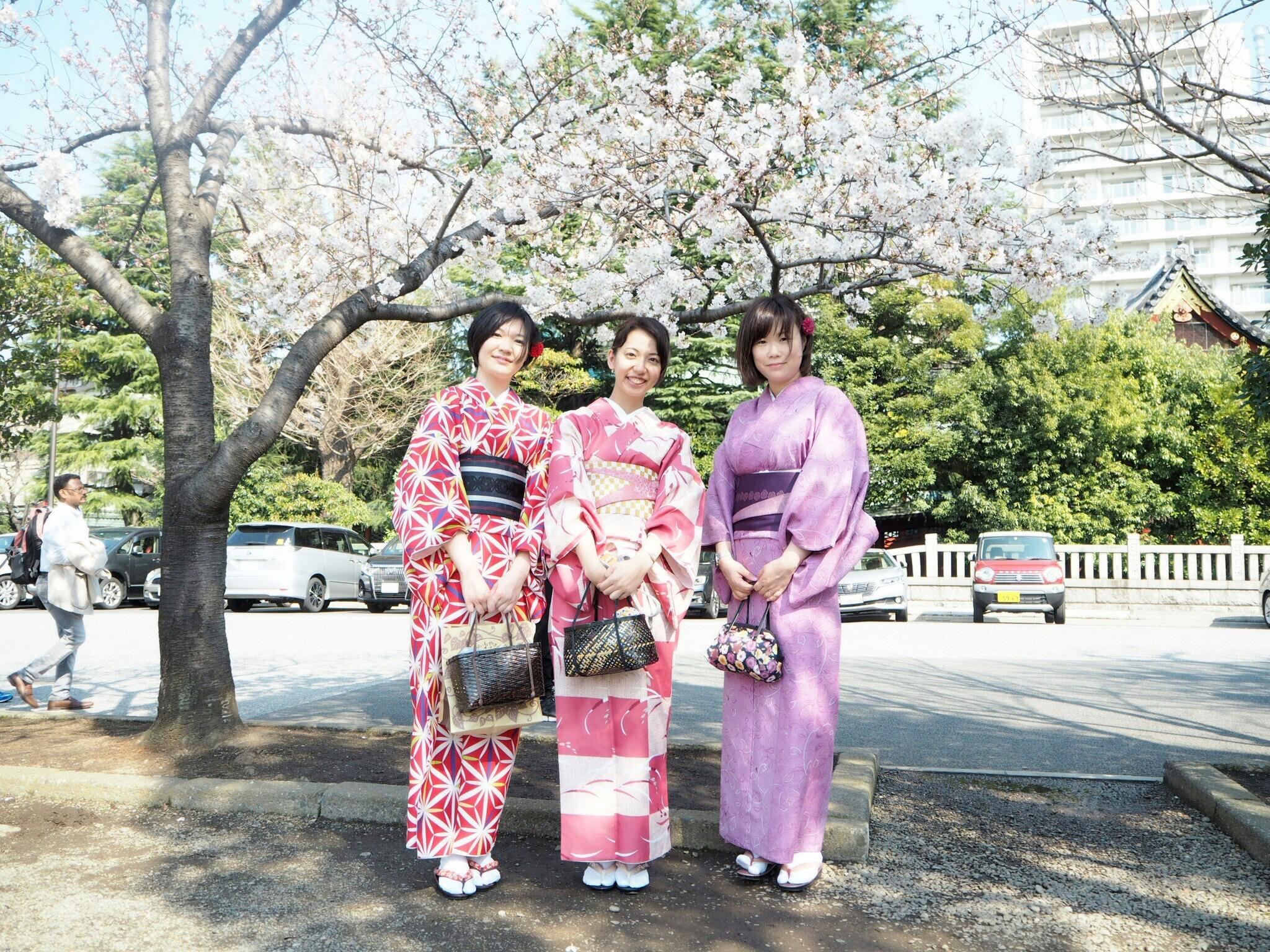 【春の東京旅行第2弾】浅草を10倍楽しむ方法!とインスタ映えの桜写真♪