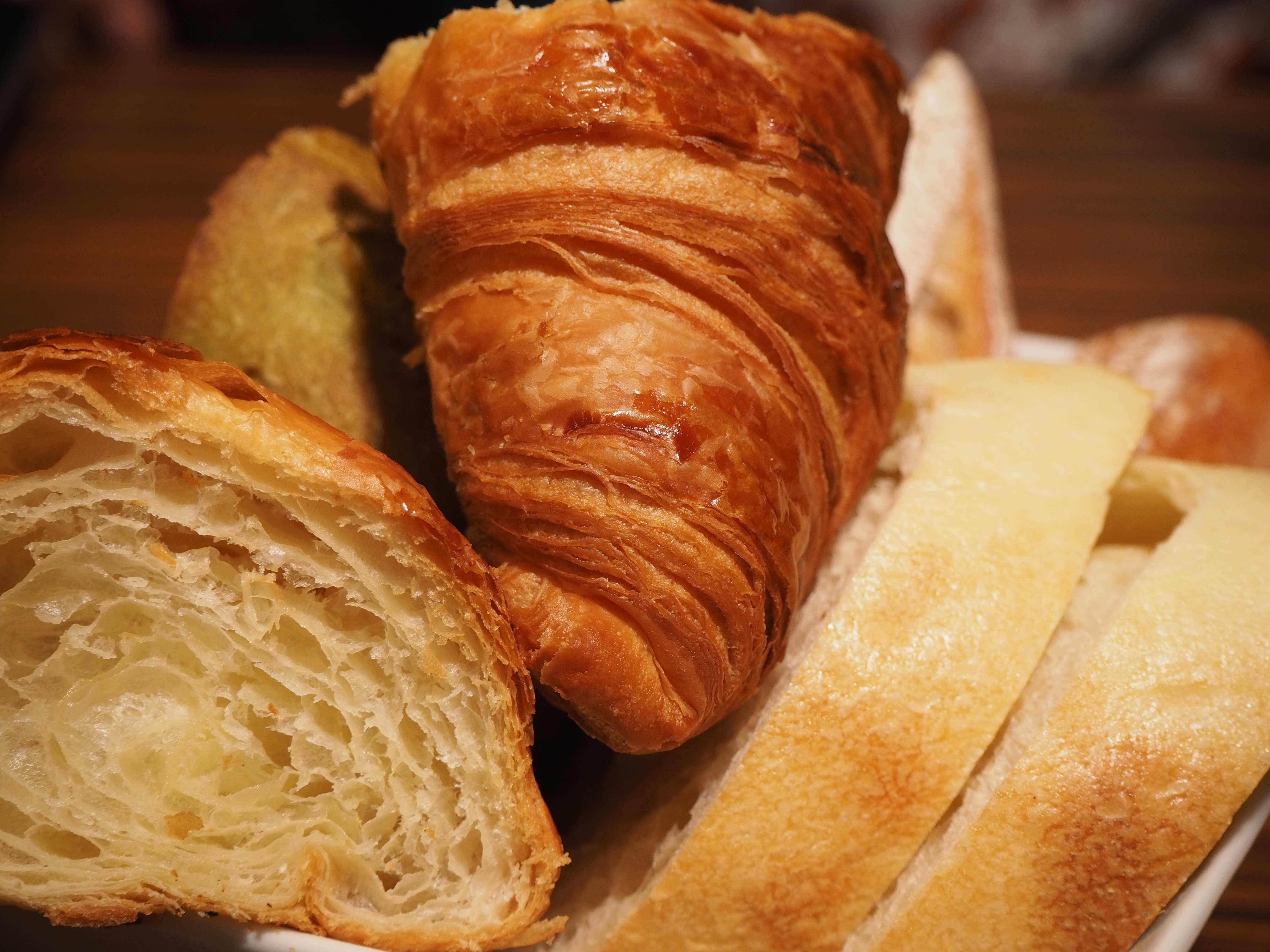 メゾンカイザーのパンを1000円台で食べ放題できるって知ってた?!