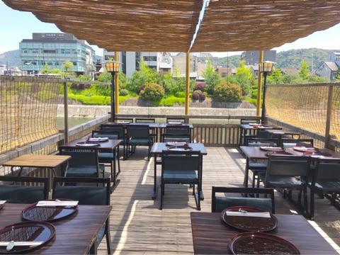 鴨川沿いの納涼床でミニ懐石♡先斗町 花柳