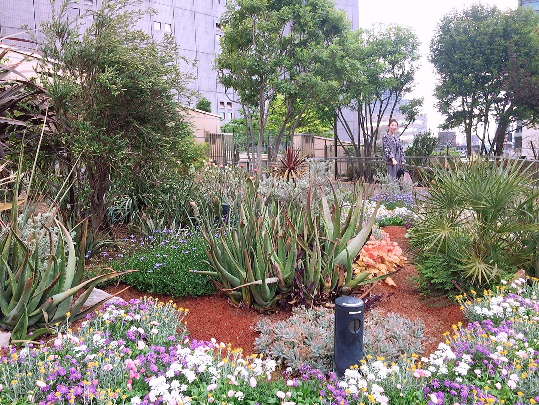 *都会のオアシス!世界で最も美しい空中庭園へ