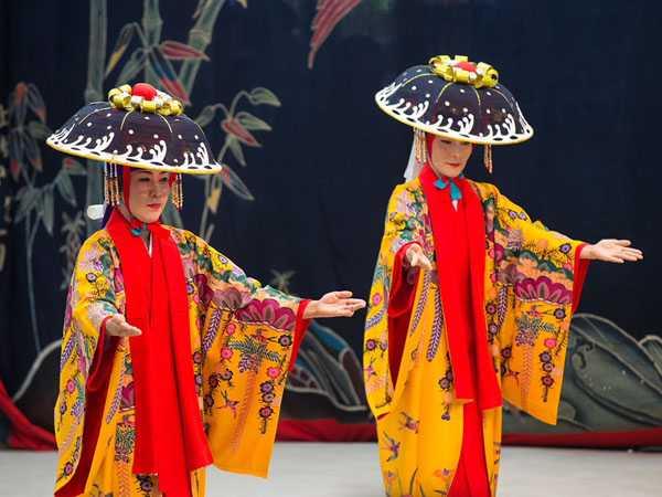 水牛車・三線・種子取祭(タナドゥイ) 、伝統文化に触れる旅【星のや竹富島】