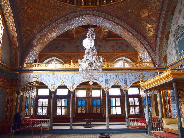 【トルコ①】オスマン帝国の栄華の象徴『トプカプ宮殿』