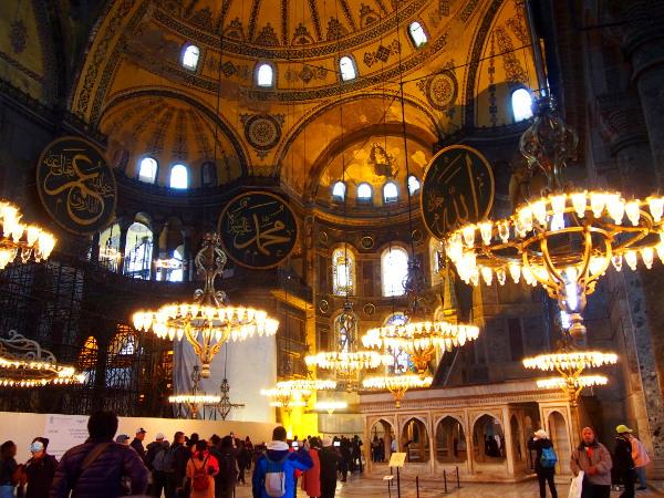 【トルコ③】教会?モスク?!ビザンティン建築の最高傑作『アヤソフィア』