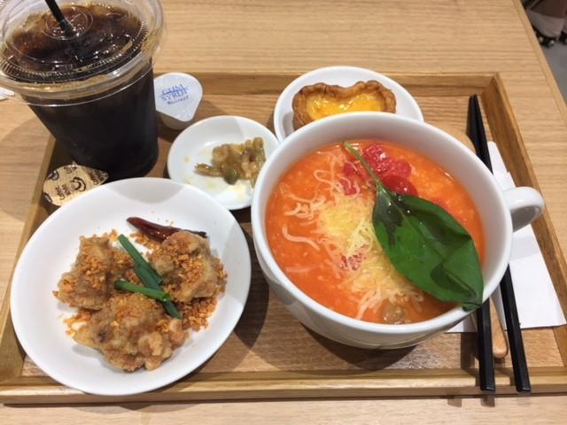 「糖朝カフェ」で台湾料理を満喫♪♪