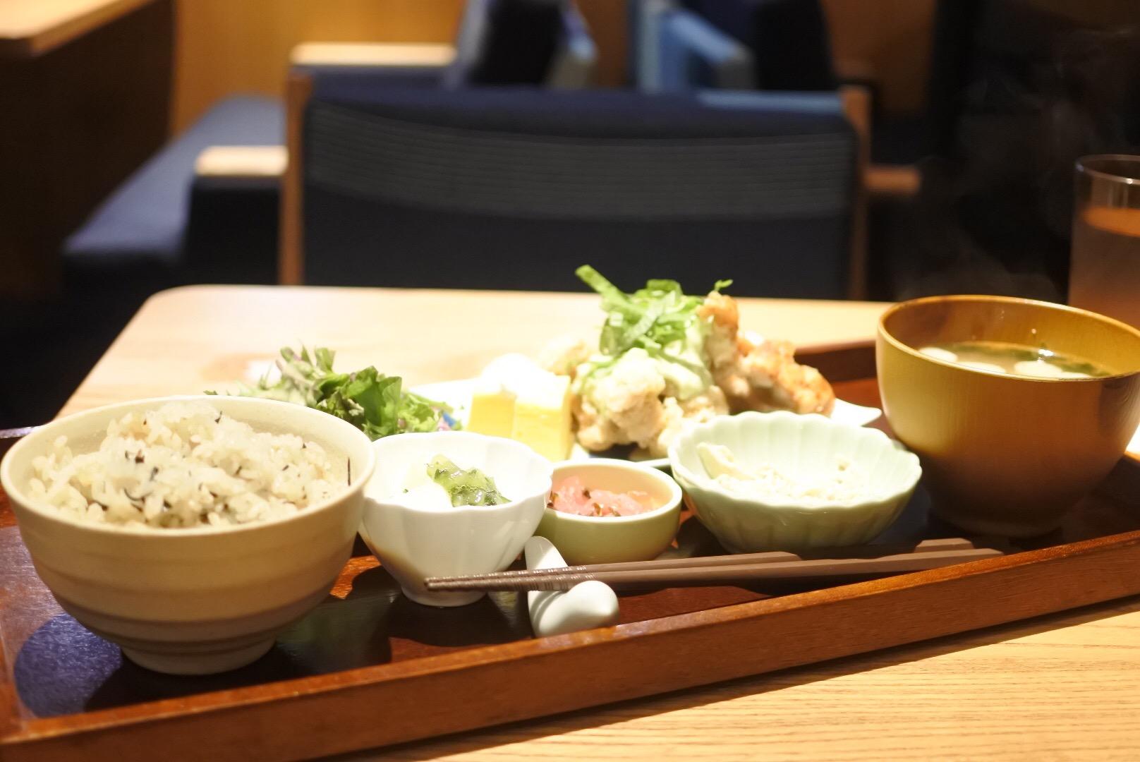 横浜で良いカフェ見つけた♪カフェソラーレツムギ in ジョイナス横浜