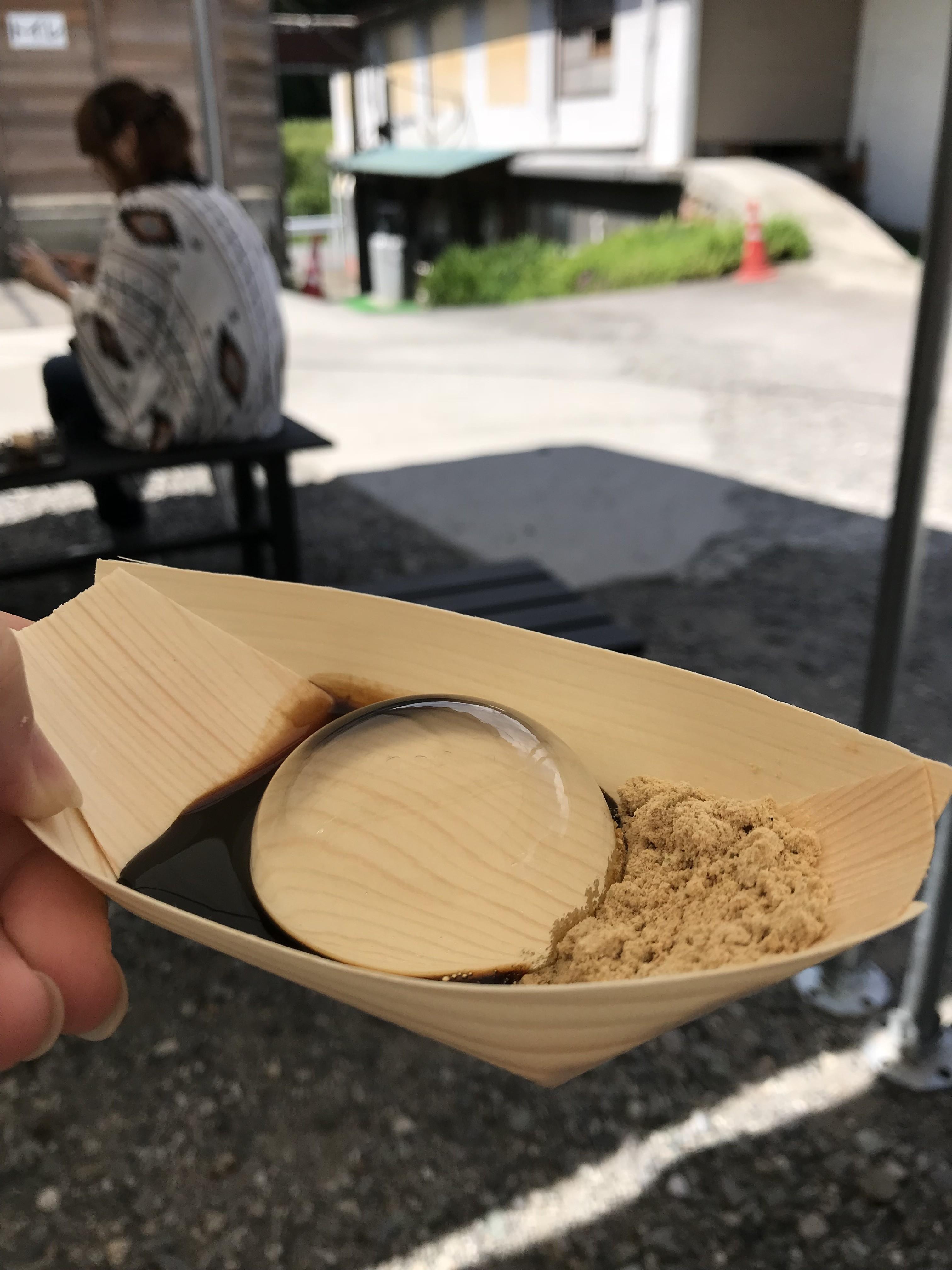 「水信玄餅」で有名な「金精軒」と「シャトレーゼ白州」工場見学