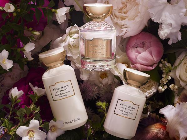 【花の香り】ジルスチュアートの新ブランド「Flora Notis JILL STUART」誕生!【大人フェミニン】