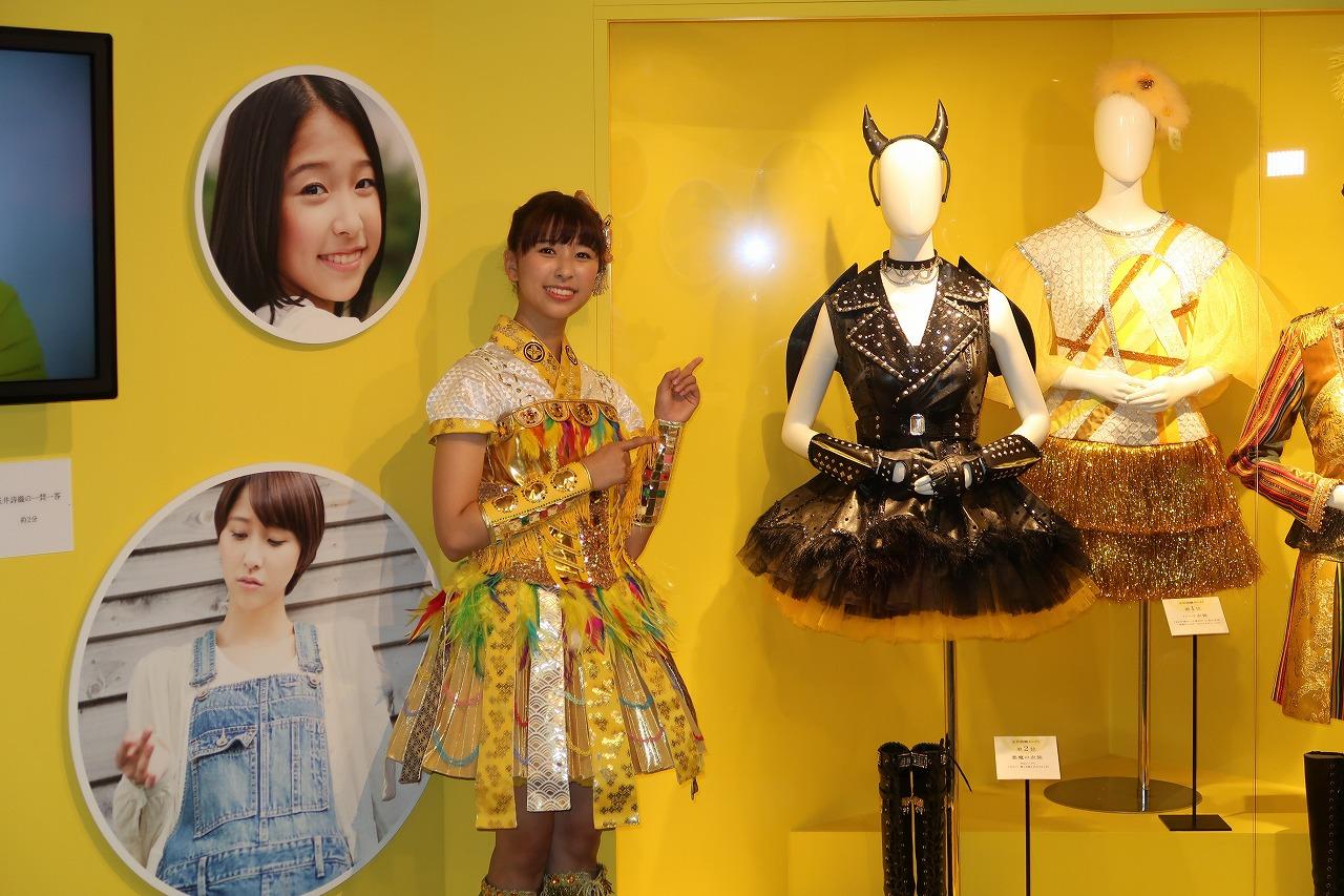 編集部ブログ<大阪>ももクロ10周年展、大丸梅田店に玉井詩織さんがやってきました!