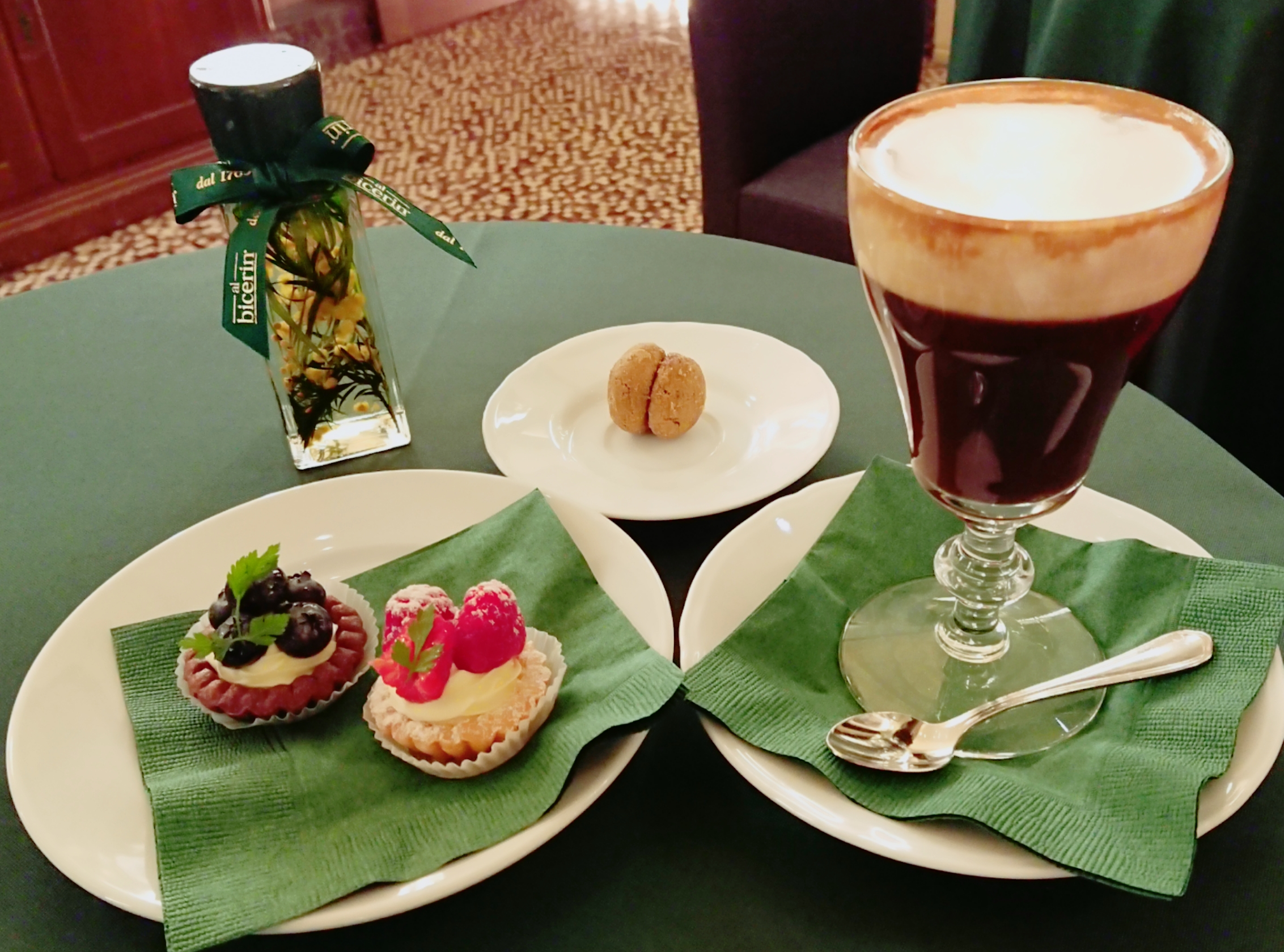 トリノの老舗カフェ『ビチェリン』が名古屋にNEW OPEN♪
