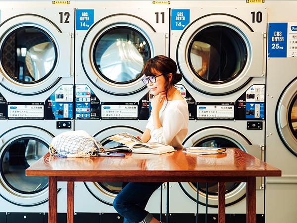 そろそろ衣替え、働く女子は賢く休日に丸洗い 今日は洗濯の日
