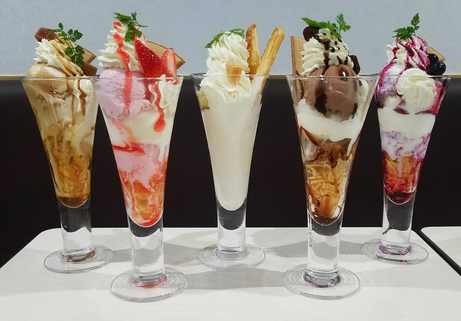 ★雪印パーラーのパフェが半額です!!★