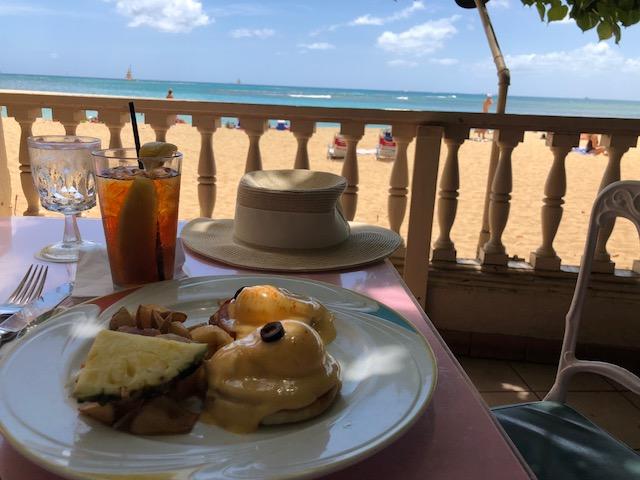 1ヶ月で5,000食オーダーされるハワイで人気のエッグベネディクト!