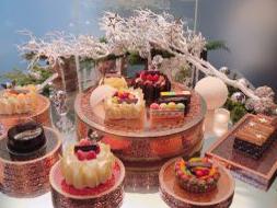 【食レポ】グランド ハイアット 東京の新作クリスマスケーキを全種類食べてみた!