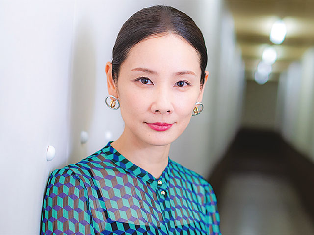 INTERVIEW 女優 吉田羊さん