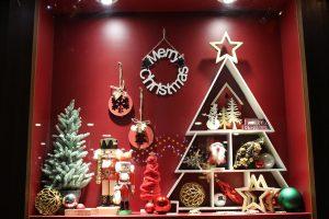 名駅OL必見!JRゲートタワー1階でクリスマスツリー点灯。インスタフォトコンテストも