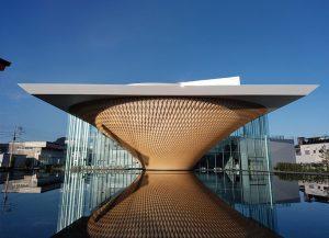 建築アートがおもしろい!カメラと建築アート旅