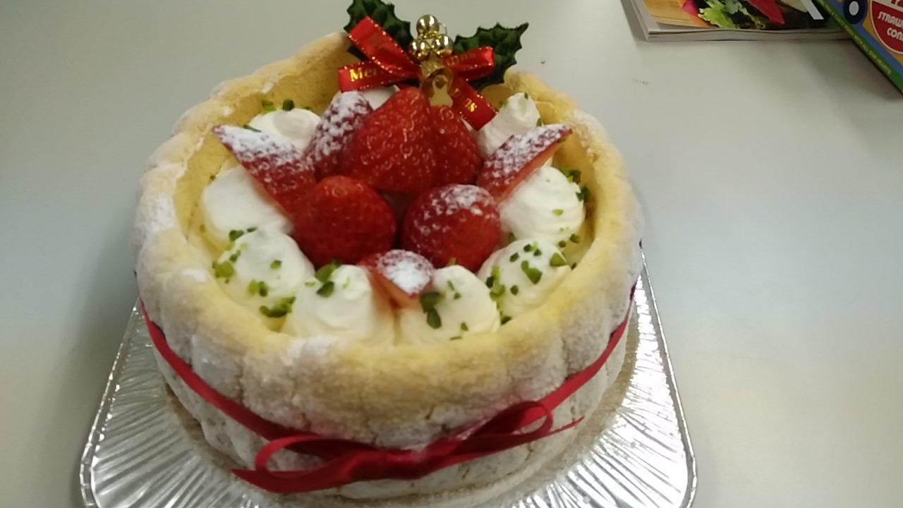 ふわふわブッセのムースケーキ