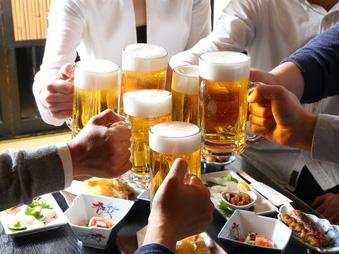 お酒が得意ではないので、飲み会にあまり行きたくありません