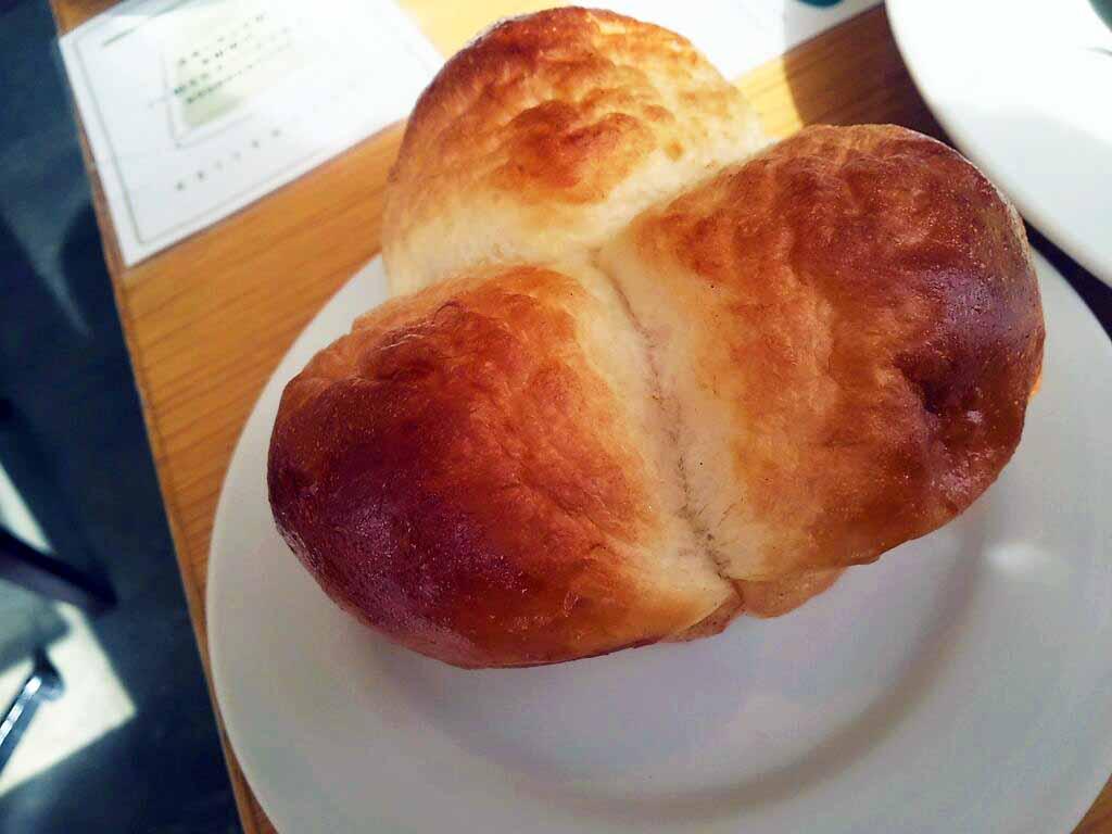 お洒落カフェ☆ランチは嬉しい 湯だねパン食べ放題のお店 in 難波